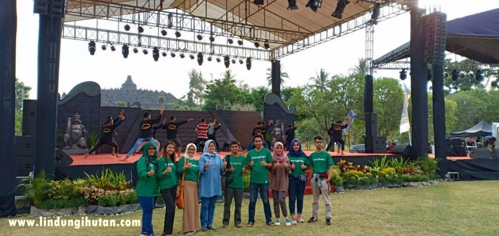 Tim LindungiHutan Bersama dengan Direktur Utama PT Phapros, Tbk.