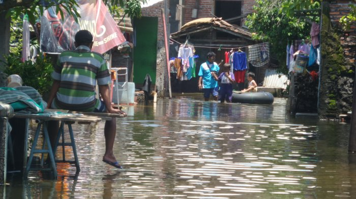 Gambaran Banjir yang Diakibatkan Rob di Trimulyo