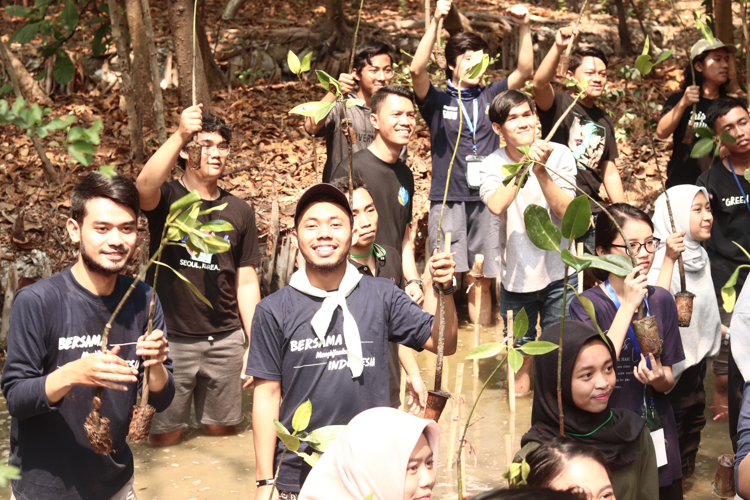 penanaman mangrove hmj arsitektur lanskap universitas trisakti