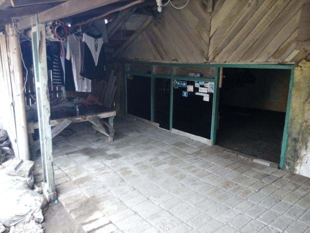 Rumah Hobbit di Tambakrejo